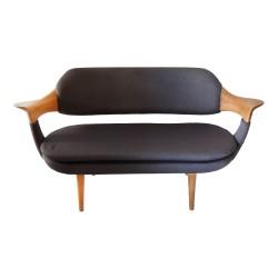 Sofá de diseño en roble y tela